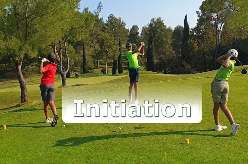 Stage intensif d'initiation pour débuter le golf et s'initier au parcours